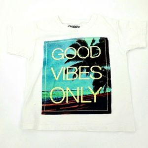 NWOT Good Vibes Only tshirt